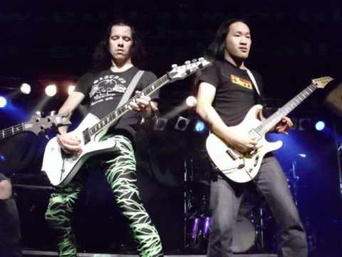 Vote for DragonForce's Herman Li and Sam Totman on Guitar World's Fastest Guitarist poll!