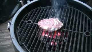 Steak maximal grillen über Holzkohle auf dem Broil King KEG --- Klaus grillt