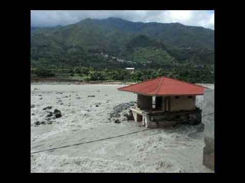 Swat  Flood Madyan.wmv video