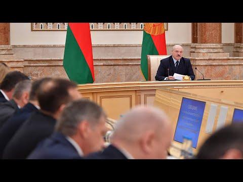 Лукашенко жестко раскритиковал работу силовиков: Некоторые в погонах прибурели и оборзели!