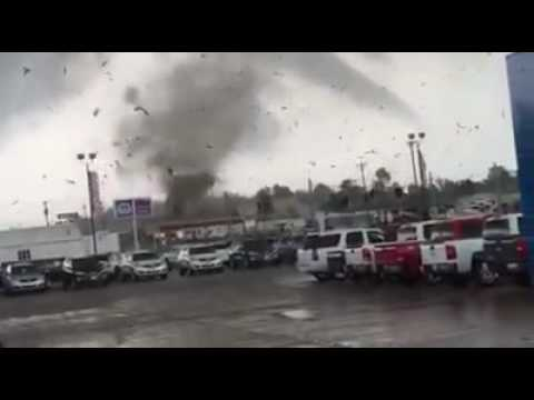 Tornado on the Ground in Mayfield, KY (3 of 3)