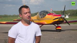 Learn on the fly: Aerobatics pilot gives masterclass