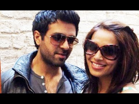 Confirmed! Bipasha Basu Loves Harman Baweja | Hindi Hot Latest News | Marriage, Engagement