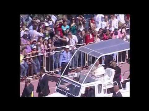 Raw: Pope Greets Crowd at Stadium in Jordan