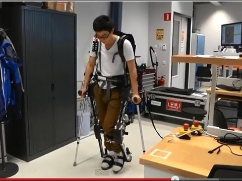 New robot suit solution to handicap / robotic legs University of Technology Twente Netherlands