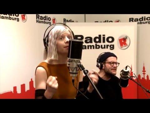 AURORA - La La LA + Conqueror - Radio Hamburg