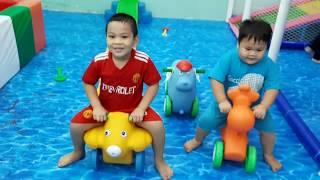 Đồ Chơi Trẻ Em Bé Pin  Lễ Hội Thiếu Nhi ❤ PinPin TV ❤