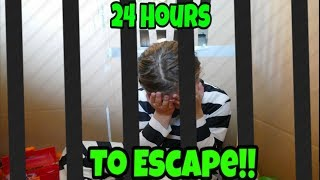 Box Fort Jail! 24 Hours To Escape!