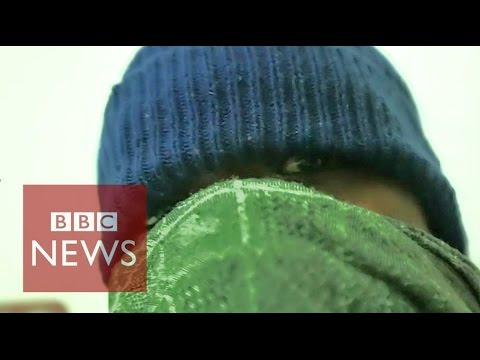 (EXCLUSIVE) Inside Colombia's cocaine war - BBC News
