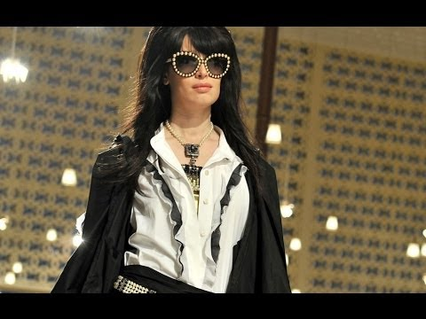 Chanel  | Cruise 2015 Full Fashion Show | Exclusive