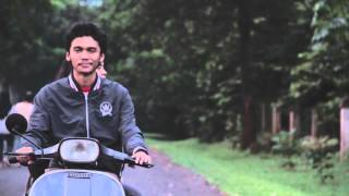 Download Lagu Payung Teduh - Berdua Saja (Video Clip) Gratis STAFABAND