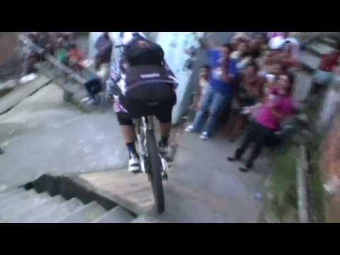 Amazing POV - downhill MTB bike race in Brazilian favela