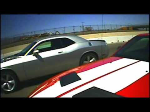 Ford Shelby GT500 vs Dodge Challenger SRT-8