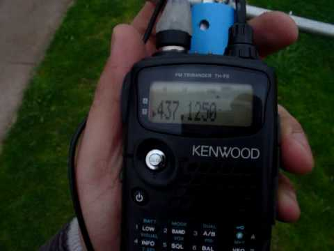 MOV01062 KENWOOD TH-F6A LUSAT LO-19 SAT CW TELEM   Satellite hamradio  Yaesu FT-847