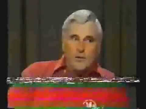 1993 - Bobby Knight with a fun Jordan story )