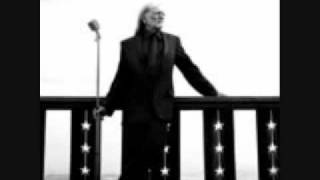 Watch Willie Nelson Wind Beneath My Wings video