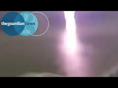 超目の前の至近距離で雷が落ちたら?