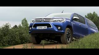 How to drive a Hilux: Using the Four Wheel Drive System