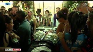 Meninos do Flamengo mortos em incêndio são enterrados