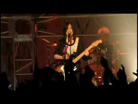 Yui - Rolling Star Live 2007