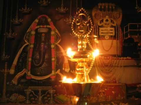 Vinayaka Mangala Aarti - Mooshika Vahana video
