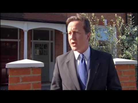 Newspaper phone tap row: David Cameron backs Andy Coulson