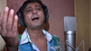Sukhvinder Singh does a song recording for the film Kaminey