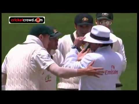 Angry Ponting clashes with umpire at MCG