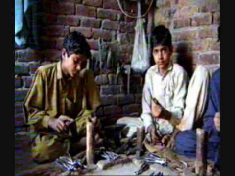 CHILD LABOR/SLAVERY: NIKE, APPLE, GAP, MICROSOFT -- CHINA, INDIA, PAKISTAN