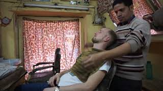 WORLD´S GREATEST HEAD MASSAGE - Baba the Cosmic Barber ASMR