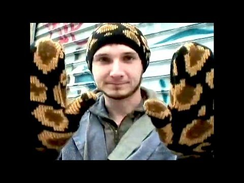 Hats, Ponchos, Mittens, DIY Holiday Gifts : Threadbanger