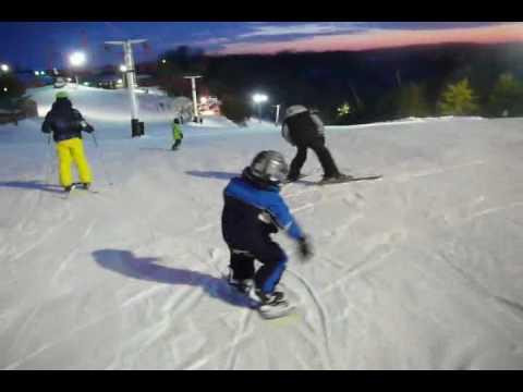 Wesley Muresan - 3 year old snowboarder - Incredible!