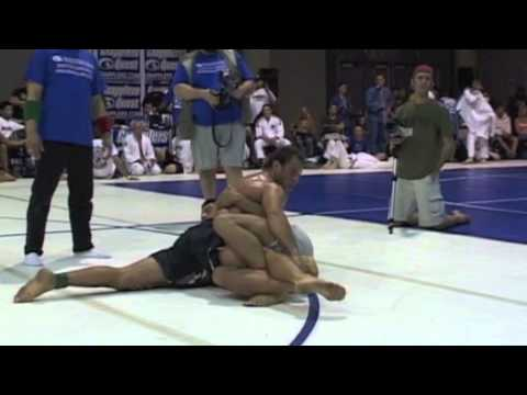 Turtle Guard Master Eduardo Telles vs. Chris Downum at 2007 Grapplers Quest USA ADCC Trials Pro Image 1