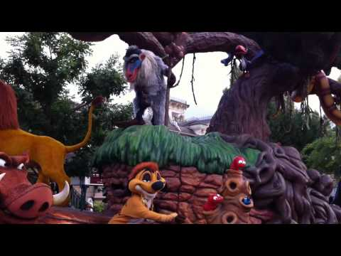 Disneyland Halloween 2010 -- Disney's Once Upon a Dream Parade 1