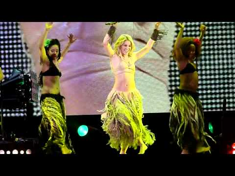 Shakira - Waka Waka [live  Rotterdam, Ahoy 1-12-10] The Sun Comes Out Tour Hd video