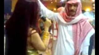 Arabs in Dance  Bar.wmv
