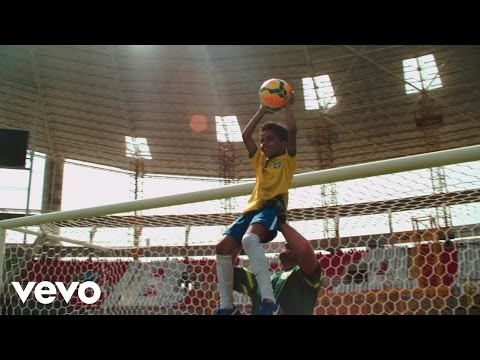 Kelly Rowland - The Game (from Pepsi Beats of the Beautiful Game LP) klip izle