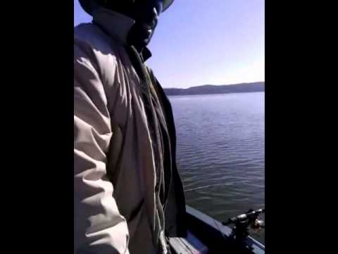 Redd Stratos - Crappie Fishing - Tough Day on Lake Allatoona