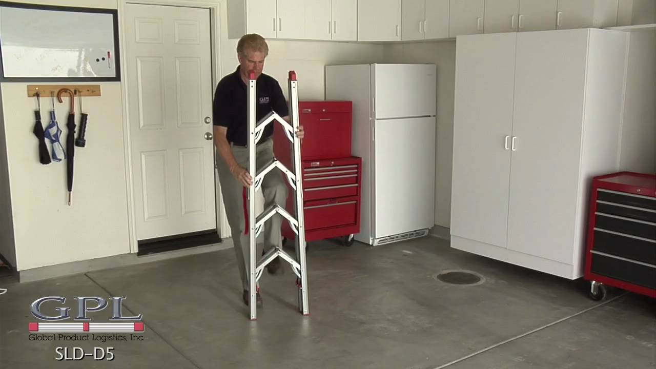 Hw 5 Ft Double Sided Compact Folding Ladder Youtube