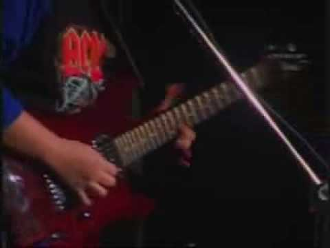 Paul Gilbert, Chet Atkins and Classic played live at