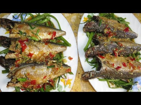 Cooking Seafood At Home - How To Make spicy Fried Fish - Asian Food Recipes