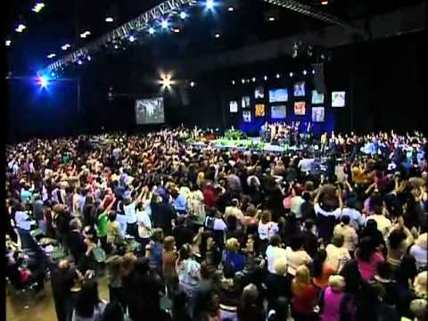 Benny Hinn - Holy Spirit Begins to Fall In Orlando