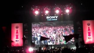 A.I. performs Wavin Flag in Japan!