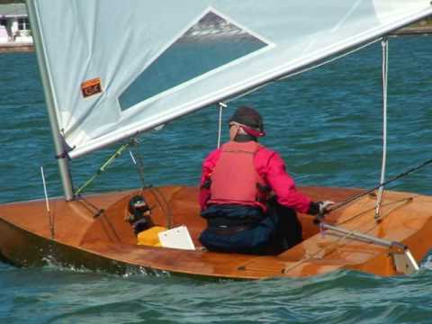 Dinghy Sailing; Classic Moth Midwinters 2009