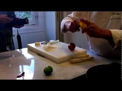 Receta de cocina Espárragos blancos de Navarra de temporada con variante de salsa holandesa