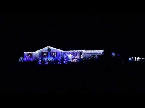 """Moses Family Christmas Lights 2013 """"Carol Of The Bells (Dubstep Remix)"""" Fremont, Ohio"""