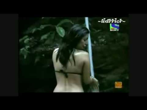Negar khan boob show