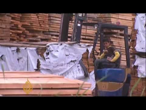 Global Recession - Shaved prices for Egypt's carpenters - 27