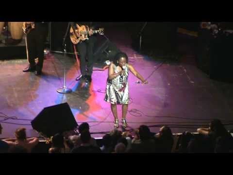 Sharon Jones & The Dap Kings -