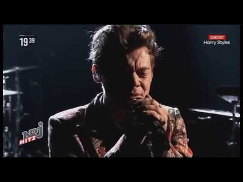 HARRY STYLES - MEET ME IN THE HALLWAY (Live on Manchester) NRJ HITS 15/11/17